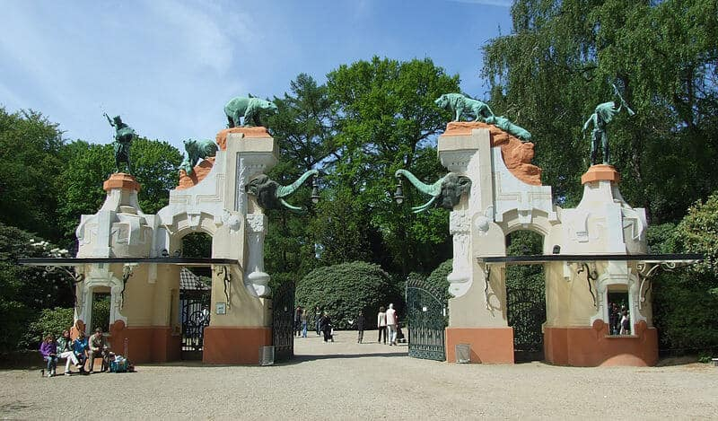 Haupteingang Tierpark Hagenbeck Hamburg (entrance)
