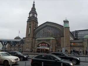 Wandelhalle HBF Hamburgs Shopping